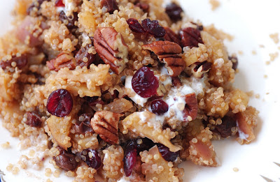 Anja's Food 4 Thought: Apple Cinnamon Quinoa Breakfast