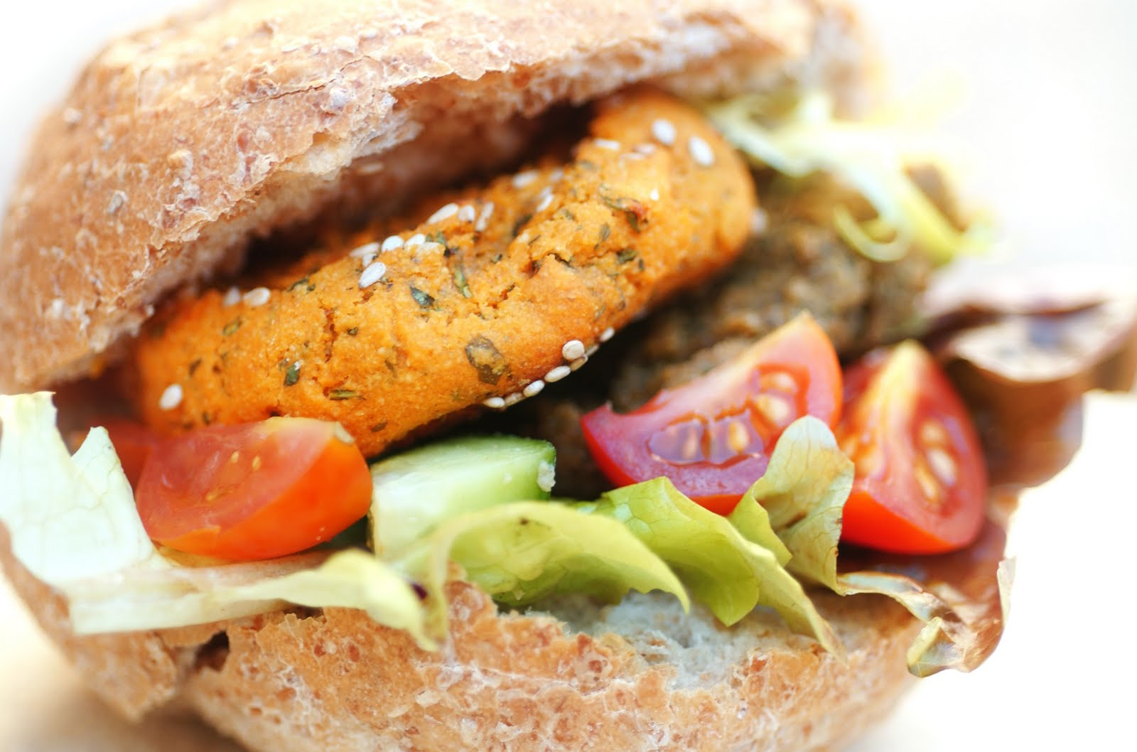 Anja's Food 4 Thought: Baked Veggie Burger Buffet - Sweet Potato, Black Beans and Chick Peas ...