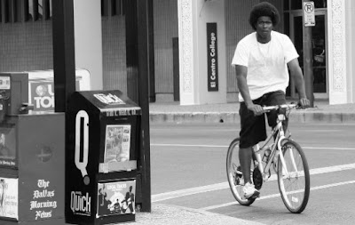 Image of bicyclist in Dallas, Texas