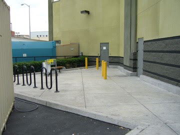 Image of bike rack at Best Buy in San Francisco