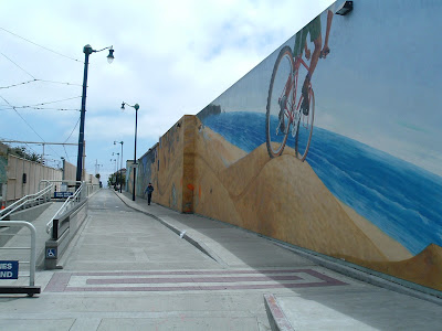 Image of Duboce Street bike mural