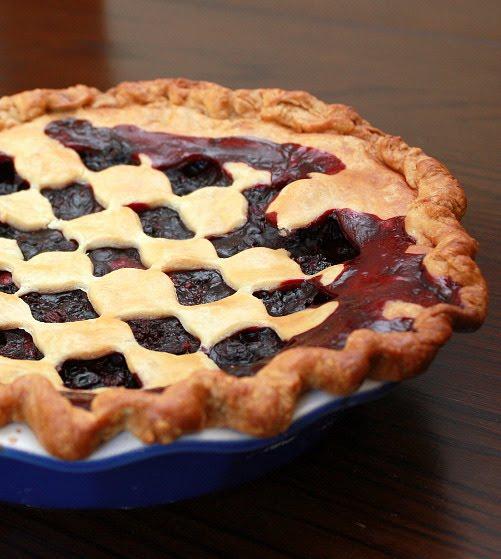 APPLE A DAY: Blackberry-Blueberry Pie