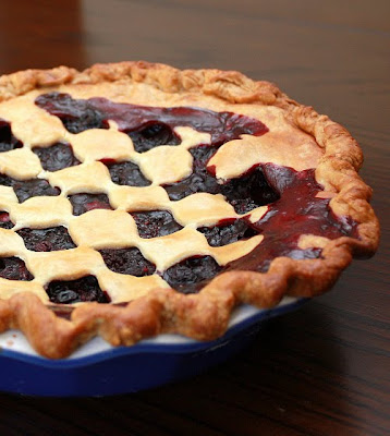 APPLE A DAY: Blackberry-Blueberry Pie