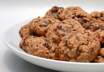 date and chocolate cookies spiced walnut date and chocolate cookies ...