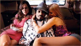 Snoop Dogg – Feet Don't Fail Me Now f. Charlie Wilson, Pharrell & Nelly