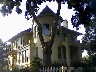 Multiple D.C. Big Houses,
