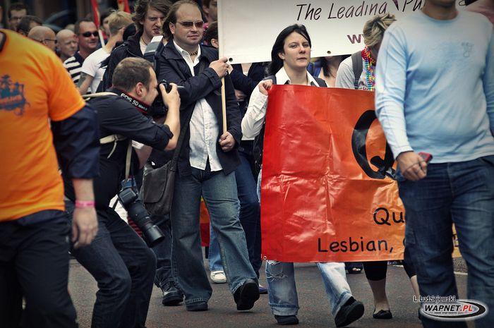[Belfast_Pride_2009_LL43.jpg]