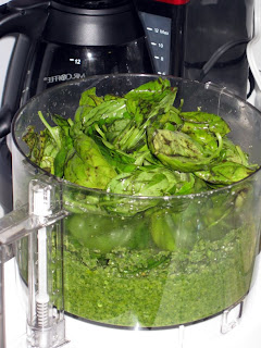 Preparing the pesto
