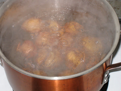 Boiling new potatoes