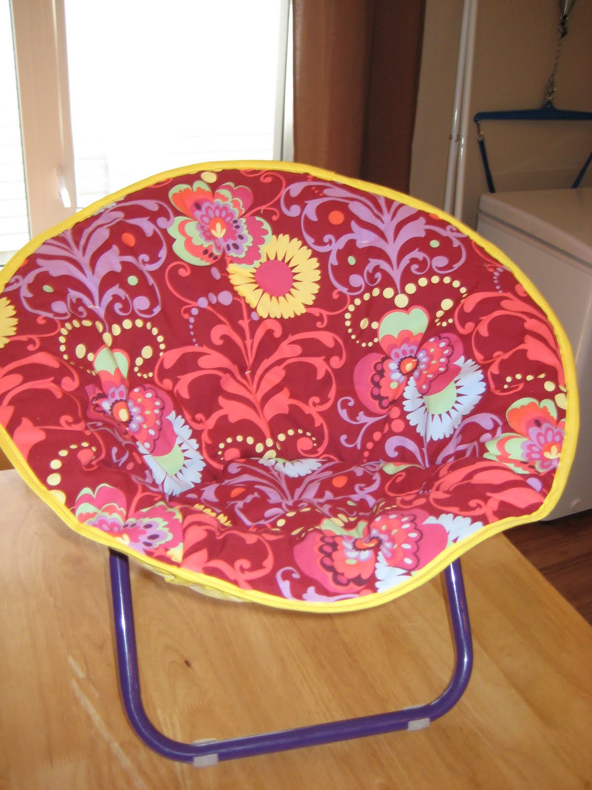 About A Month Ago I Sent Out A Request For One Of Those Saucer Chairs For  Kids To Recover For Catie, I Wanted A Really Cheap Second Hand One And  Julie Came ...