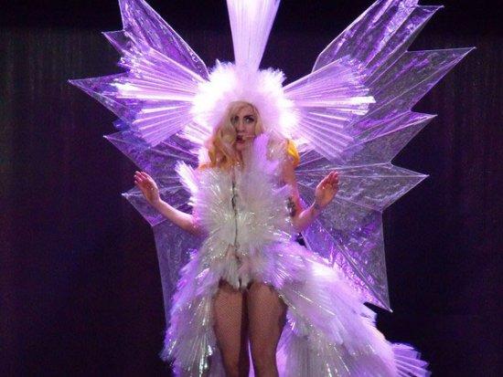 Los 10 Vestidos Mas Raros De Lady Gaga