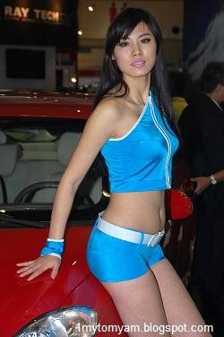 Nikki cox nude pic
