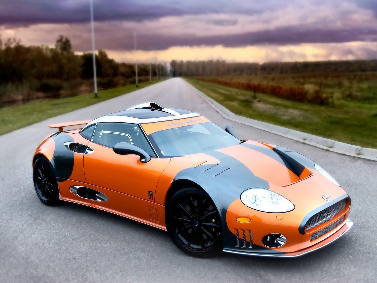 http://2.bp.blogspot.com/_jhf-7wU76qc/TGb2deiSYtI/AAAAAAAABUk/0KorBmJCjWY/s1600/spyker-car-3.jpg