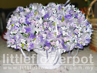 dark blue wedding flowers