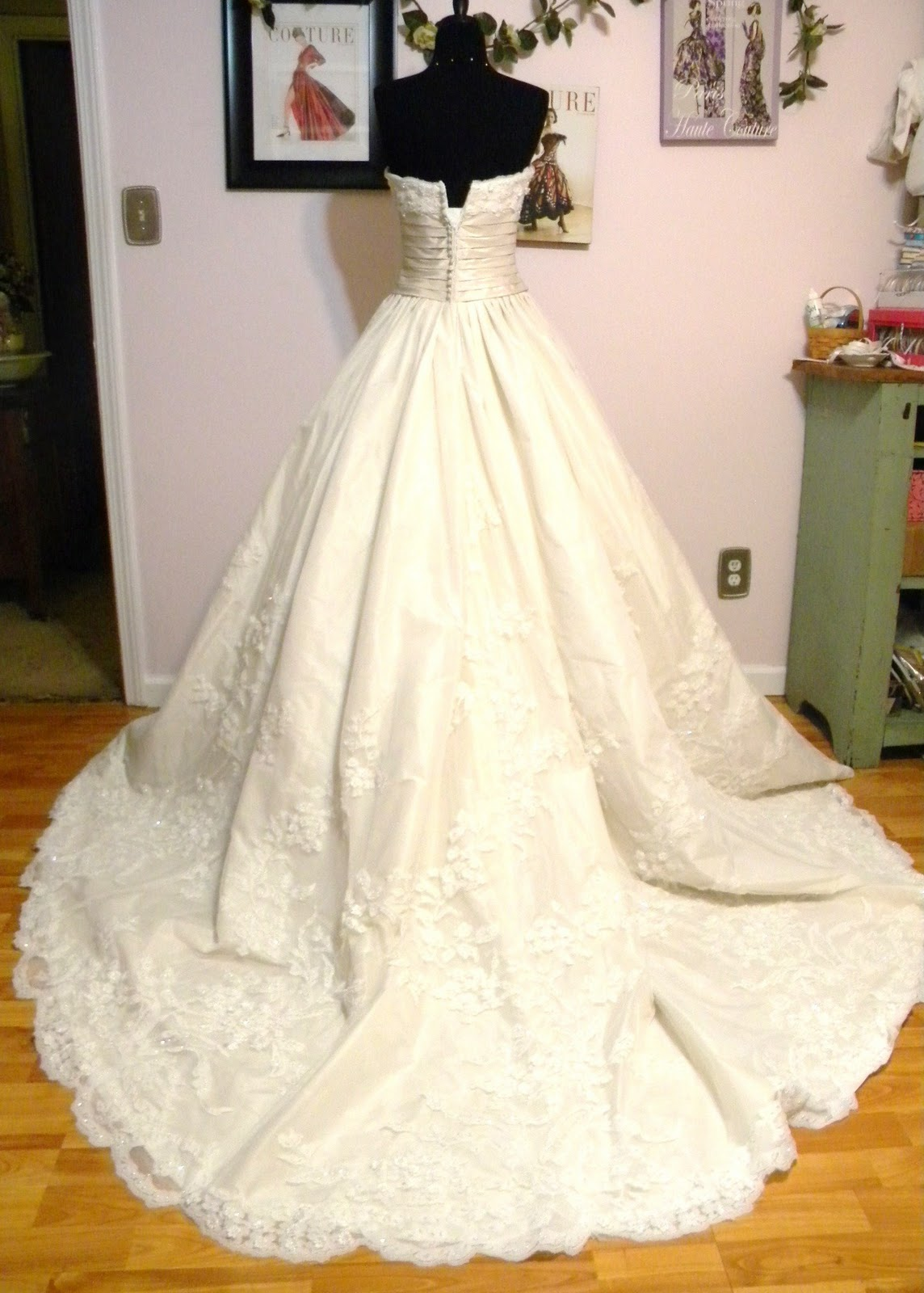 Elegant Designs by CandiceLouise: 16 Point Bustle