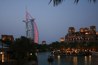 Dubai - Medinat Jumeirah Hotel + Burj Al Arab