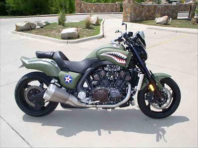 motorcycle modifications: Custom Yamaha VMAX