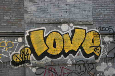 Love Graffiti Writing