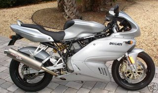 Blog Of Autorizm  2009 Ducati 620cc SupersPort