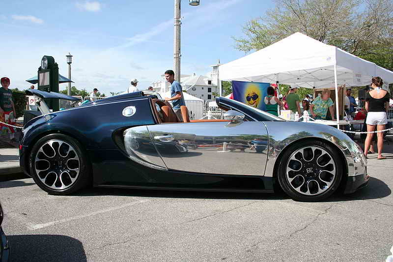 Bugatti Veyron Wallpaper 2010. Bugatti Veyron Wallpaper 2010