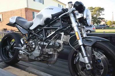 2007 Ducati Monster S2R1000