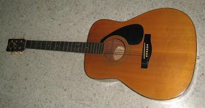 Yamaha FG-400A acoustic guitar