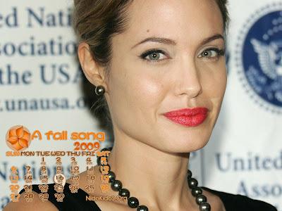 Angelina Jolie wallpapers 9 calendar 2009