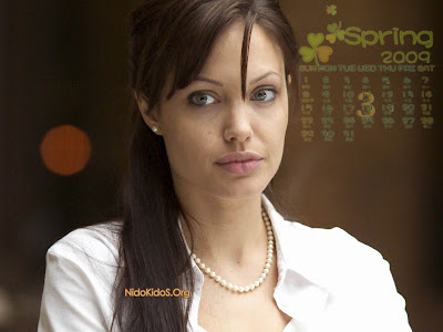 Angelina Jolie wallpapers 3 calendar 2009