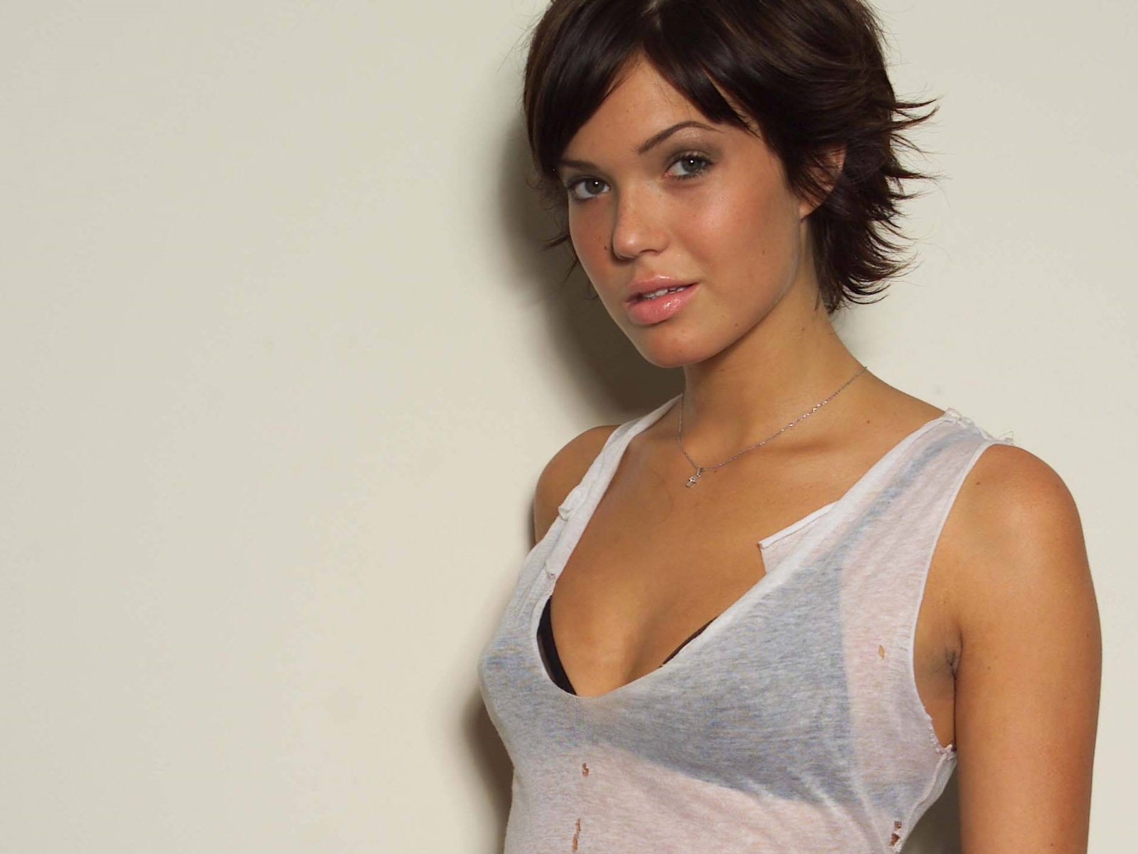 Mandy Moore Hot Gallery