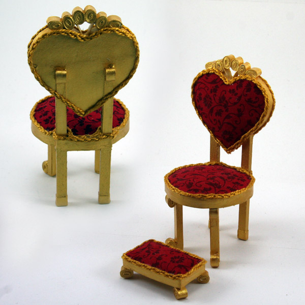 Delicieux Off Topic: Alice In Wonderland Chairs
