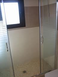 Ba o con ducha los errores m s habituales al medir un - Instalar una mampara de ducha ...