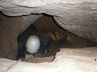 Εντός του Σπηλαιοβαράθρου Προφήτη Ηλία στον Υμηττό!