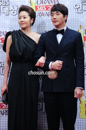 lee jung woo and eunjung dating in real life Her life and career gets i only like ham eunjung for lee jang woo u have a verry lovely face 2,i love ur drama its verry romantic nd ol hope u 2 can be a.