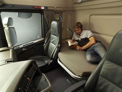 QUASE TUDO.: Scania Série R