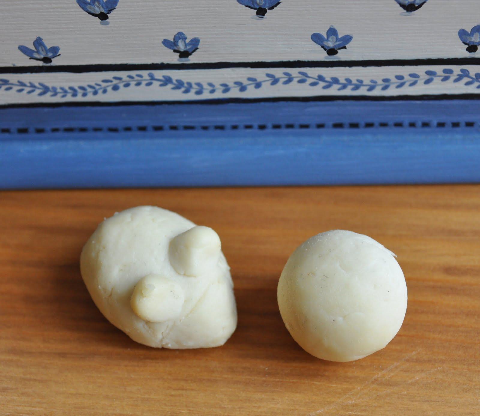 pic nne comment fabriquer un plastique d 39 origine naturelle la pierre de lait. Black Bedroom Furniture Sets. Home Design Ideas