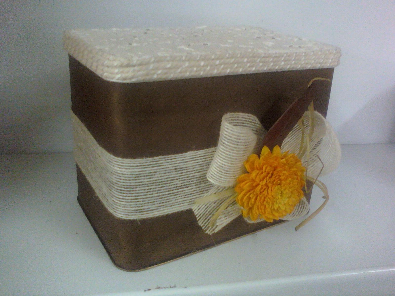 Manualideasjcobos caja decorada con cascara de huevo y - Caja de huevo ...