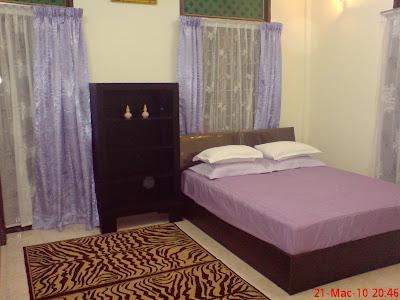 Meja Solek on Bilik Tidur Pertama  Master Room  1 Katil Besar Dan 1 Katil Single