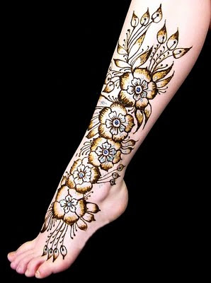 ����� ����� Creative Mehndi Design-Feet 002.jpg