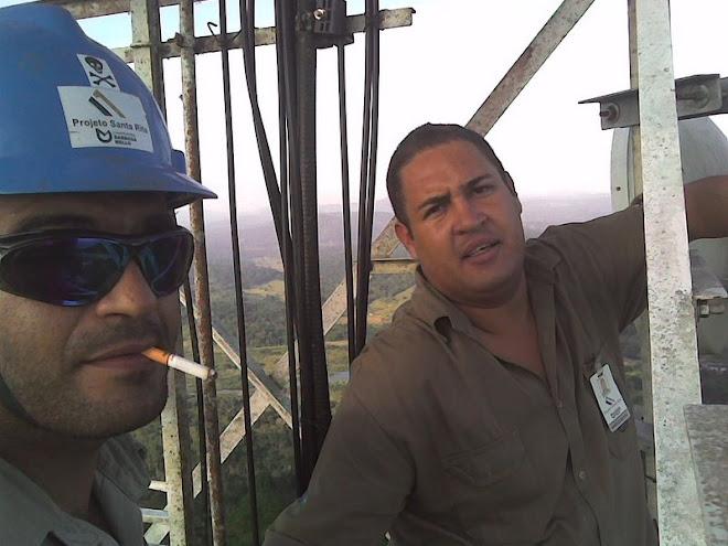Construtora Barbosa Mello SA , com Marcos do Radio na torre de TV em Ipiaú-Bahia-brasil