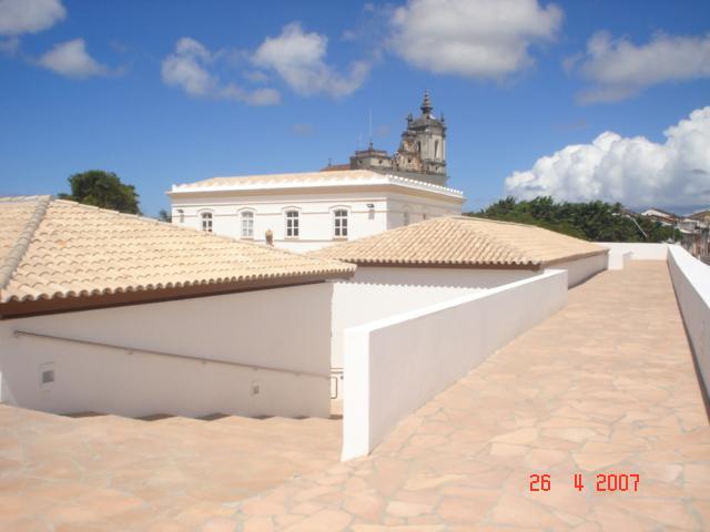 O Forte e a Igreja de Santo Antônio Além do Carmo