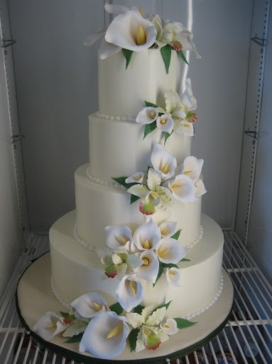 austin wedding cakes cascading cala lilywedding cake. Black Bedroom Furniture Sets. Home Design Ideas