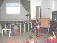 Ana Joaquina introduce la presentación de su Plan de Mejoramiento