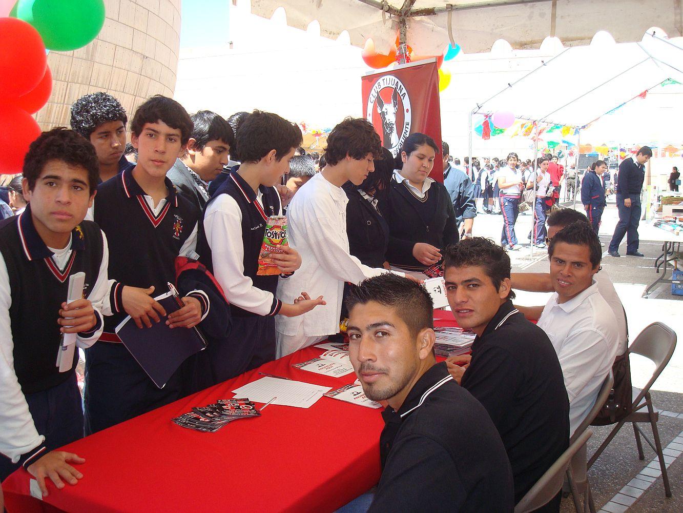 [Gran++=?iso-8859-1?Q?d=EDa_de_convivencia_de_Xoloitzcuintles_en_Tijuana4-722891.jpg?=+]