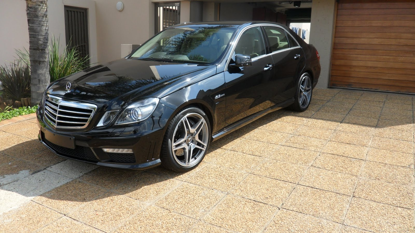 Sonnys motors mercedes benz e63 amg for Mercedes benz e63 amg price