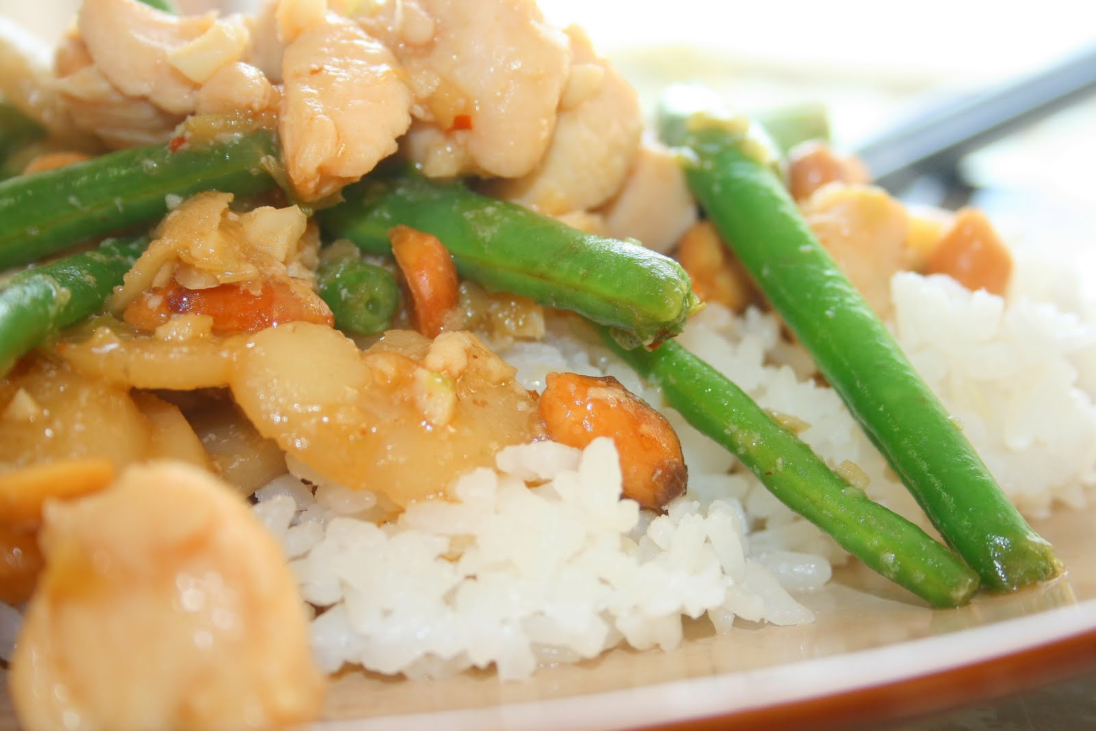 Jolts & Jollies: Sichuan Style Chicken with Peanuts and Green Beans