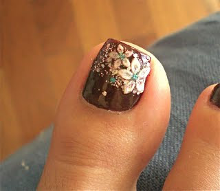attractively done toenails