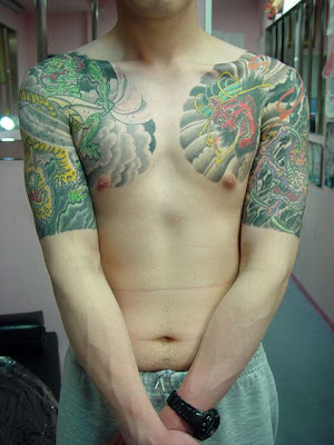 Since quarter sleeve tattoos cover up the entire sleeve area of the arms,