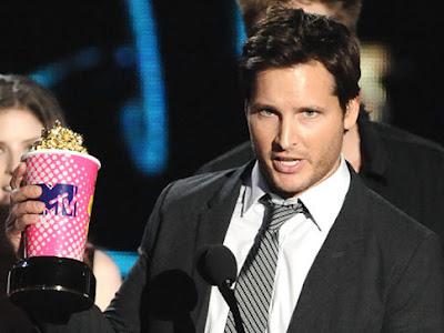 MTV  Movie Awards 2010 - Página 8 Alg_peter_facinelli