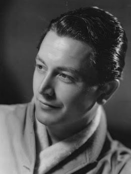 An early promotional pic for the ever-elegant Robert Young