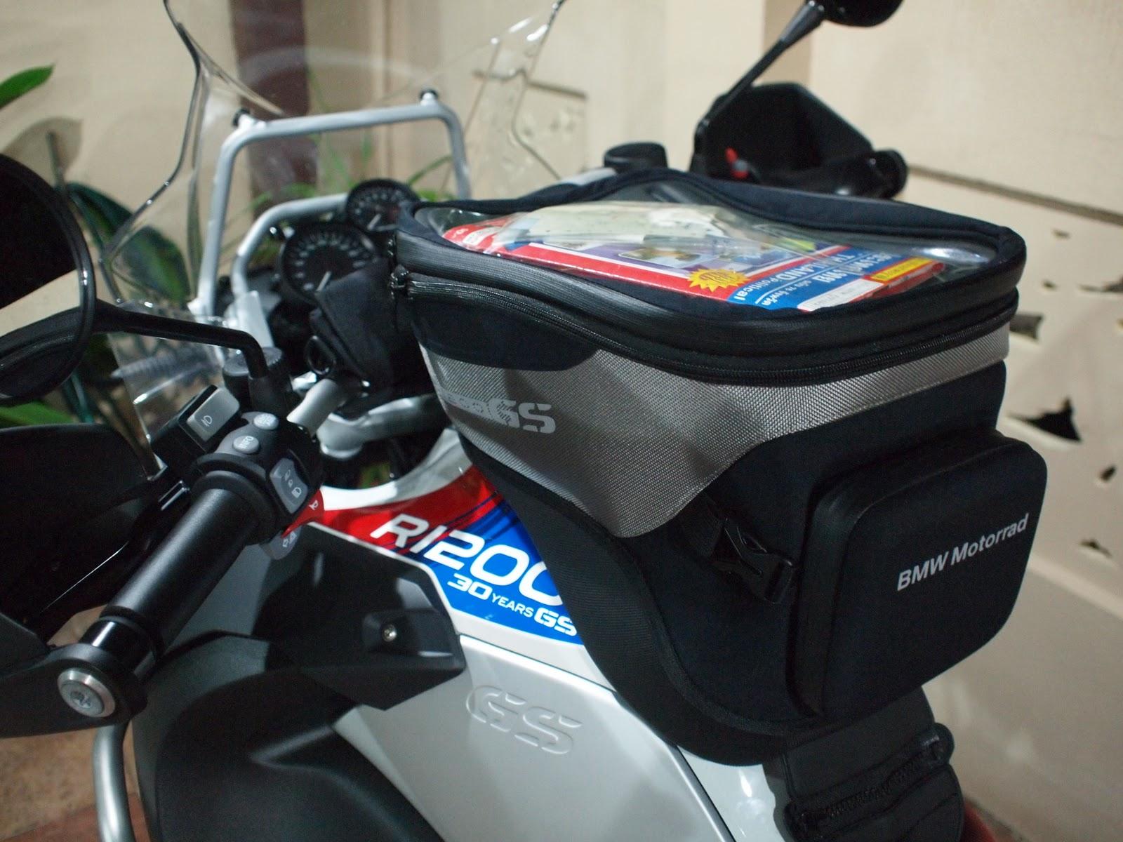 globe nomad rider bmw motorrad tank bag. Black Bedroom Furniture Sets. Home Design Ideas
